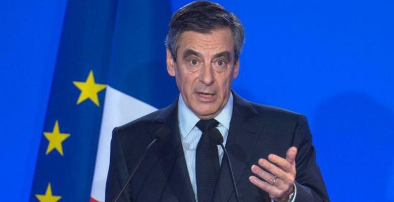 Fillon « bousculé » avant son meeting à Nantes